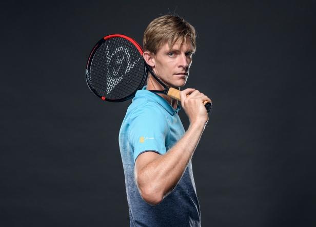 Die neue CX-Serie von Dunlop mit Komponenten aus Infinergy® (E-TPU) von BASF wurde für moderne Tennisspieler wie Kevin Anderson entwickelt, deren Spieltechnik ein Maximum an Power, Kontrolle und Spin erfordert.  Designed for modern day tennis players in