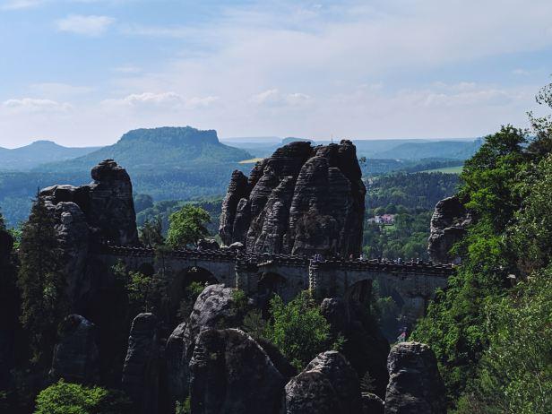 Bastei_Sächsische Schweiz_antonio-mendes-PnmzsQPylCk-unsplash