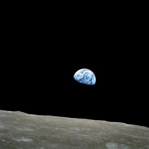 Buch '69 Apollo-8-Mission-Earthrise