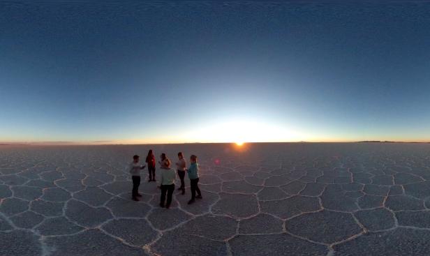 Flash_Pack_Bolivia_Salt_Flats_360