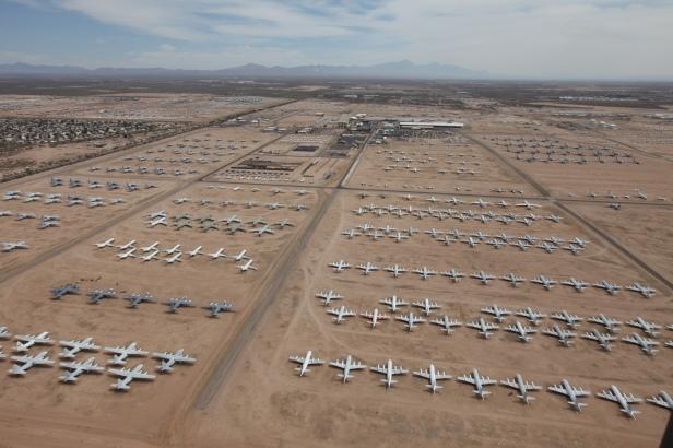 Flugzeugfriedhof (c) Arizona Office of Tourism
